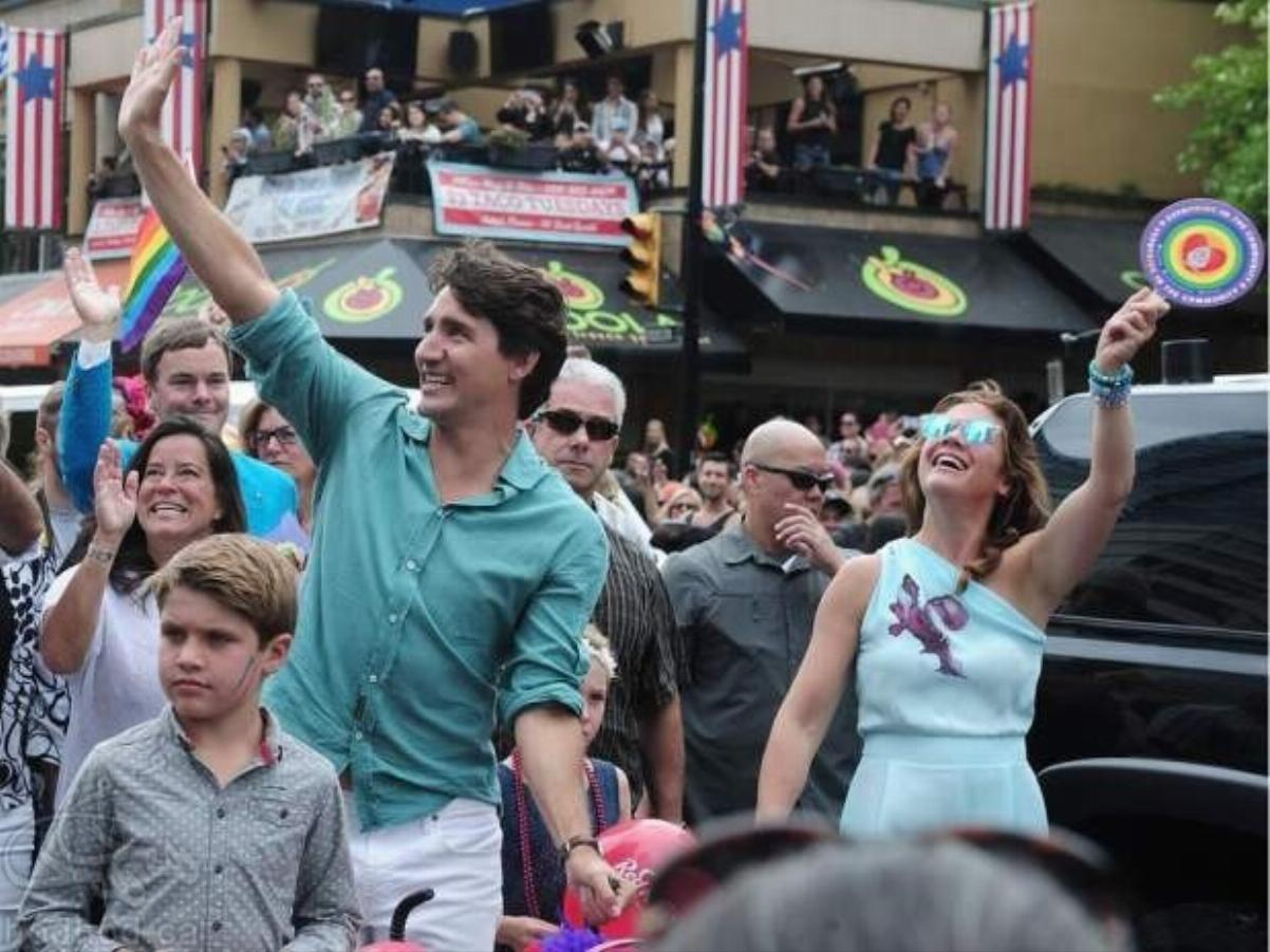 حضور جاستین ترودو نخست وزیر کانادا در رژه LGBT Pride شهر ونکوور