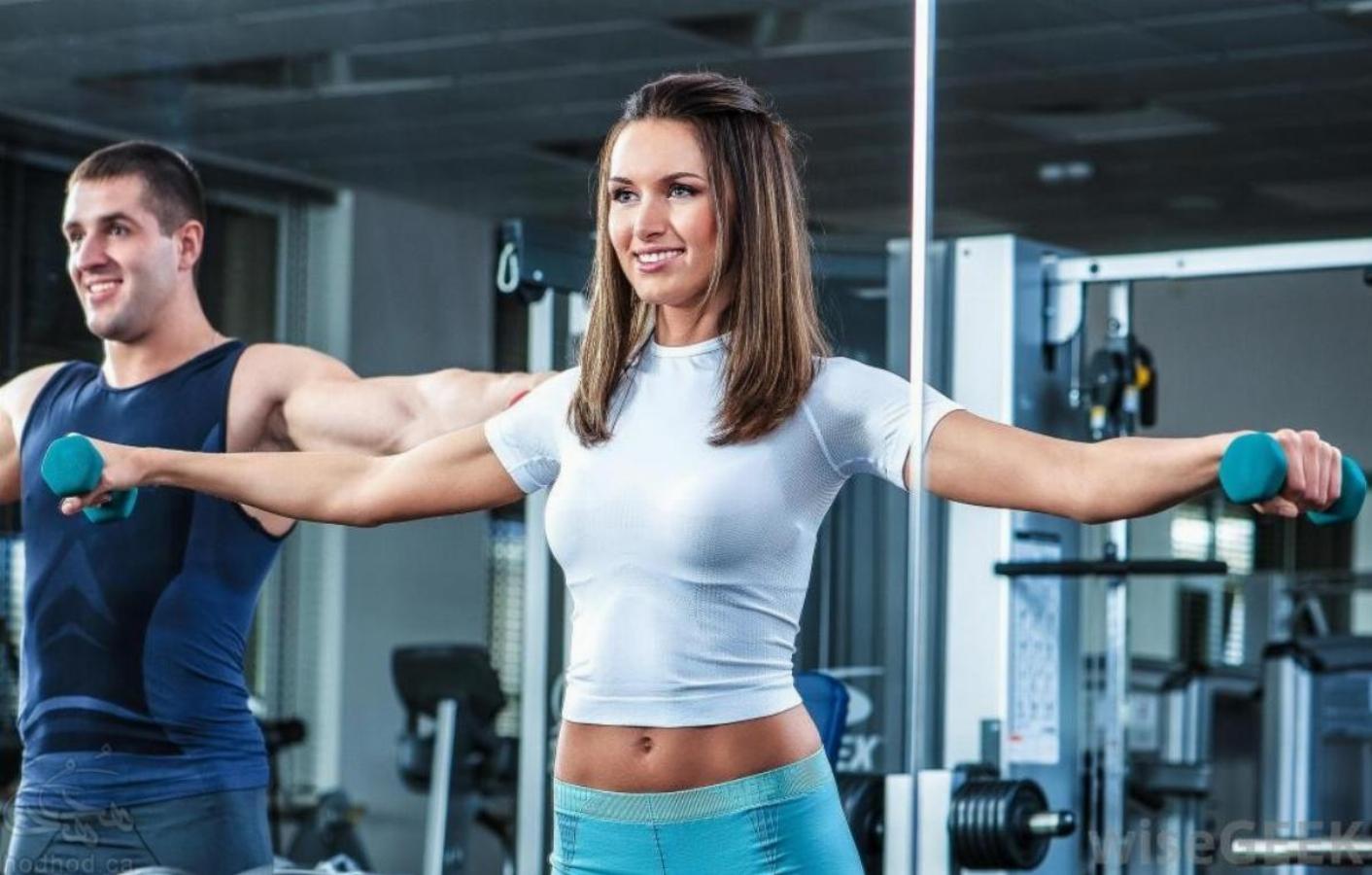 آموزش بدن سازی و تناسب اندام: آشنایی با عضلات سرشانه