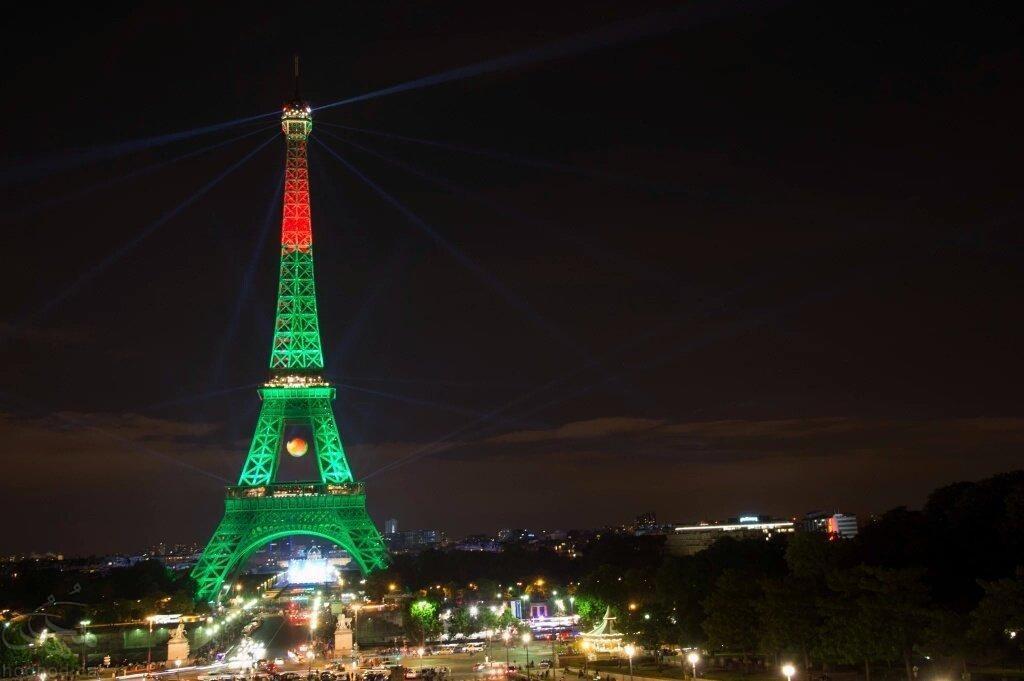 پس از قهرمانی پرتغال، برج ایفل به رنگ پرچم این کشور درآمد