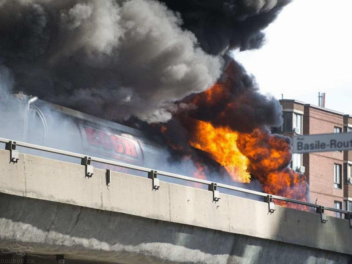 انفجار تانکر حمل سوخت و آتش سوزی بزرگ در بزرگراه 40 مونتریال
