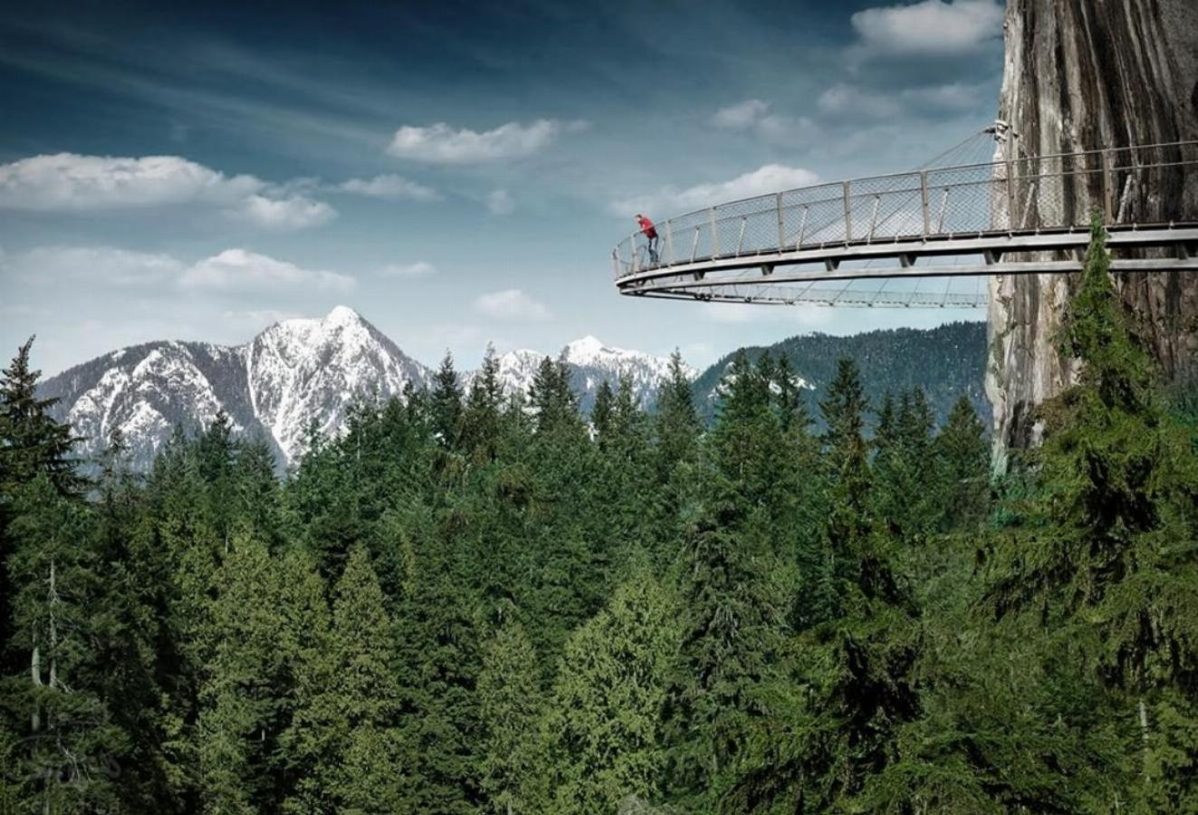 جاذبه های گردشگری کانادا: پارک پل معلق کاپیلانو