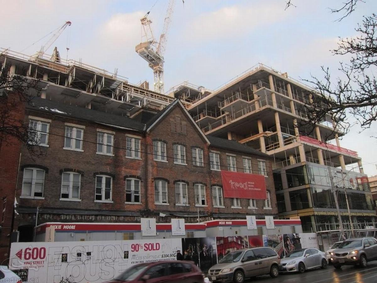 کاهش رشد سرعت ساخت و ساز واحد مسکونی در کانادا