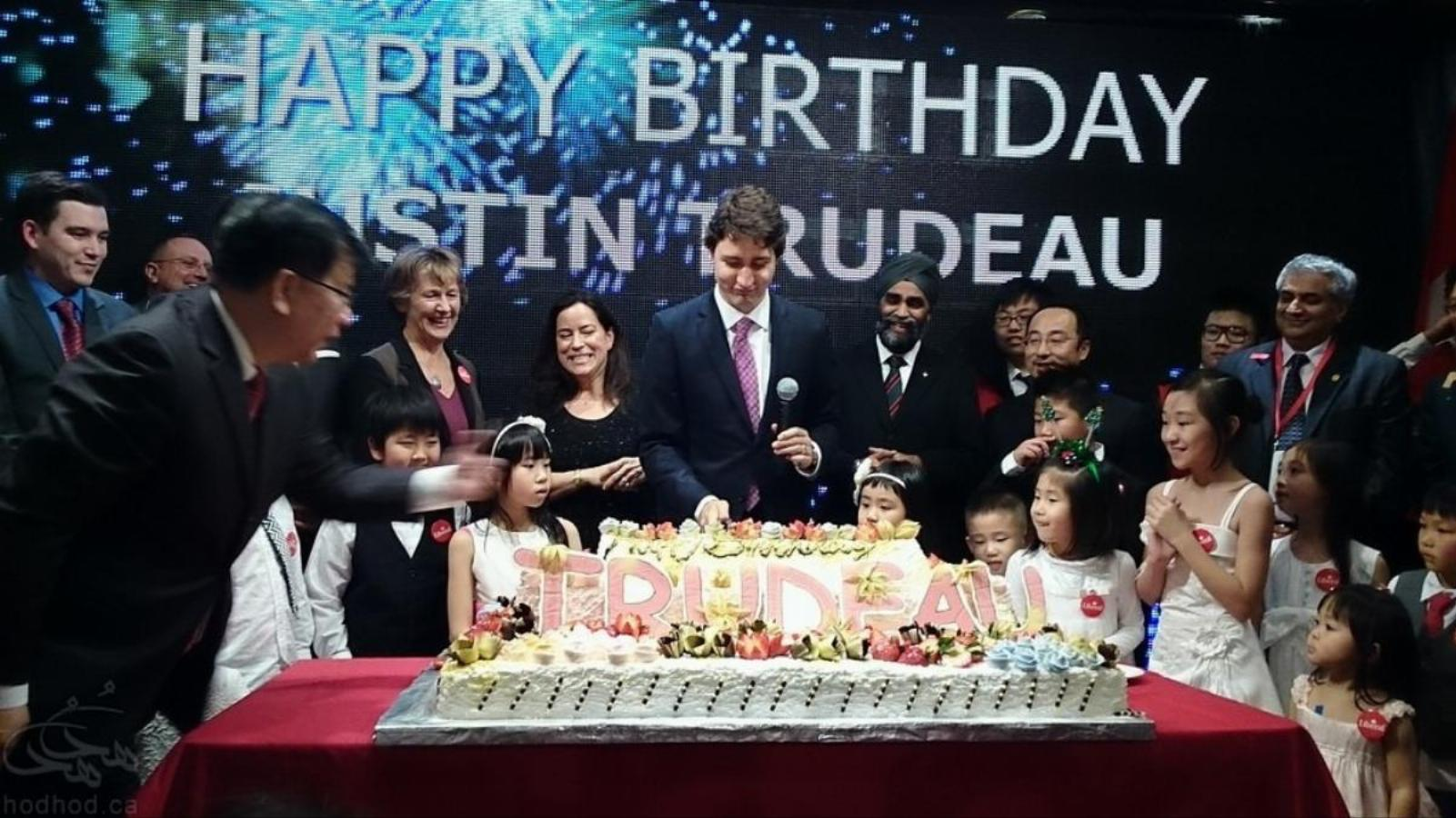 آقای نخست وزیر کریسمس و تولدتان مبارک! پیام جالب جاستین ترودو به مناسبت کریسمس و تولد خودش